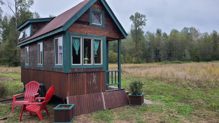 The Green Tiny Home On The Farm, Buckley, WA