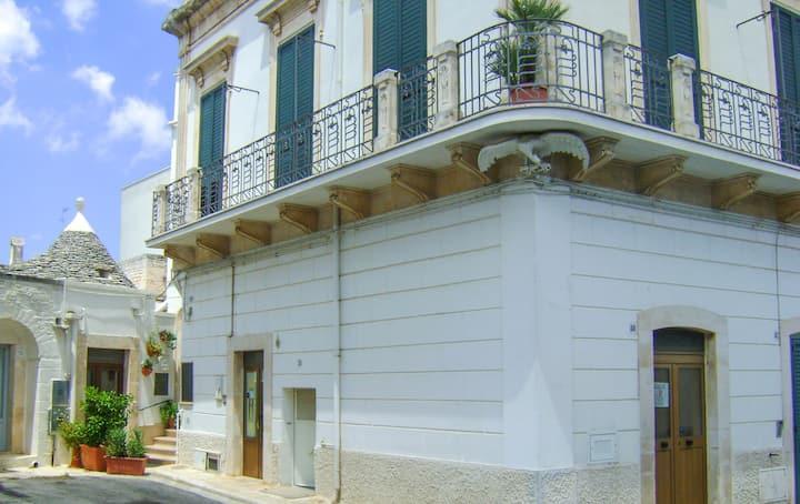 """""""Aquila"""" Alberobello. Casa vacanze."""