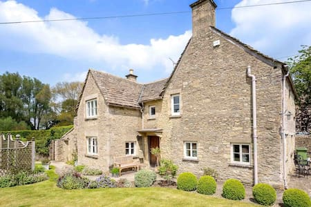 Manor Cottage, Poulton - Poulton - Casa
