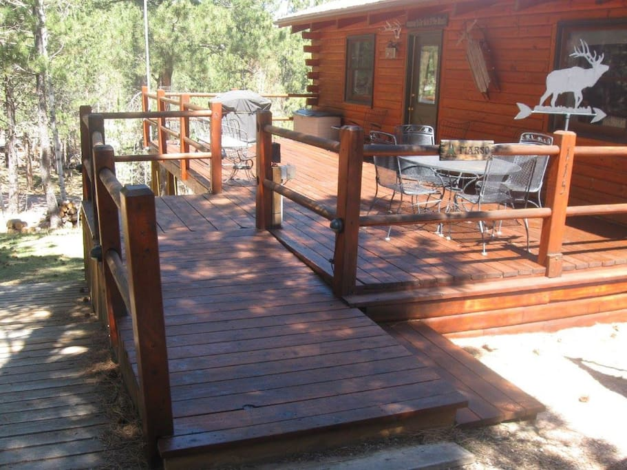 The swiss drive cabin by lake pactola cabins for rent for Pactola lake cabins