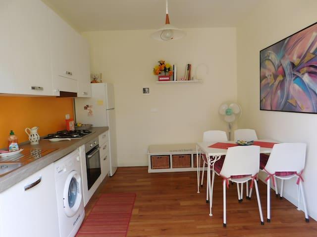 Accogliente bilocale+ posto auto - Rimini - Apartment