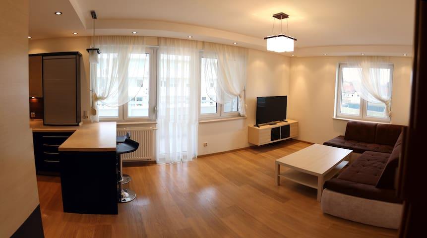 Apartament F&J II