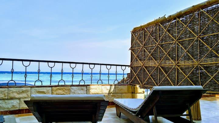 ☀BOSSA NOVA☀ Beachfront Apartment