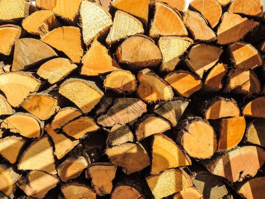 Un po' di legna per l'inverno