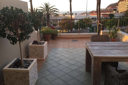 Bonito Apartamento con Piscina - Palm-Mar