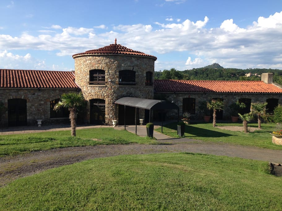 l 39 hacienda vous propose une suite saint yvoine france