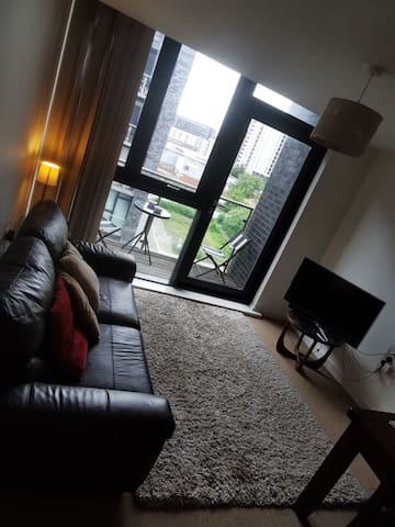 Private Room with EnSuite & Balcony in Castlefield