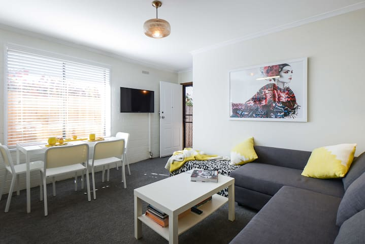 """La Stella"" Inner City Living - Flemington - House"