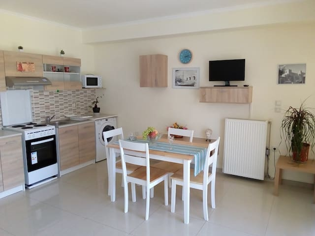 Aeolian apartment