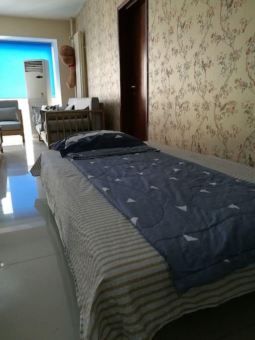 1.3*2.1米沙发床