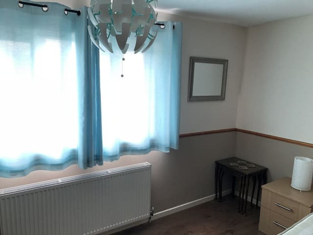 Timbers, quiet well equipped 2 Bed house.