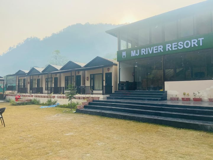 MJ River Resort Rishikesh