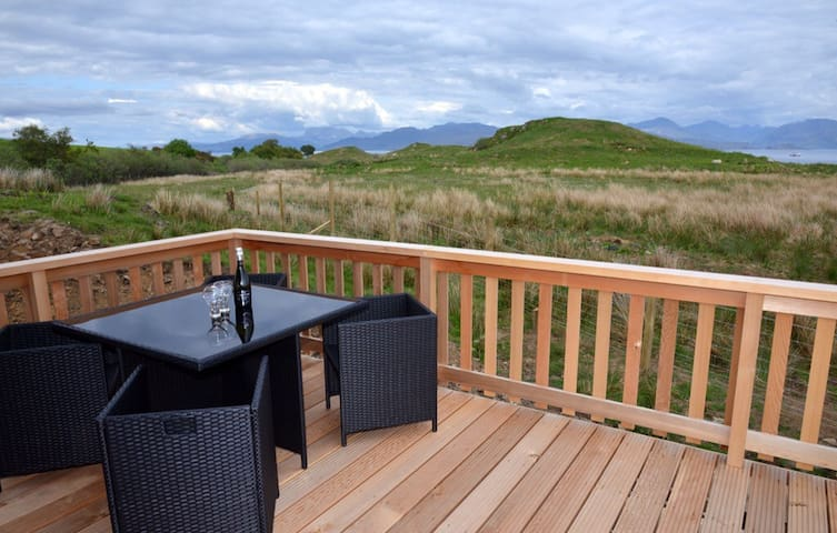Beautiful lodge, great sea views - Isle of Skye - Stuga