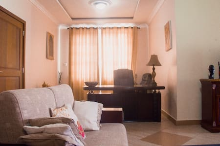Spacious Ocean view Penthouse Apartment - Dar es Salaam - Apartment