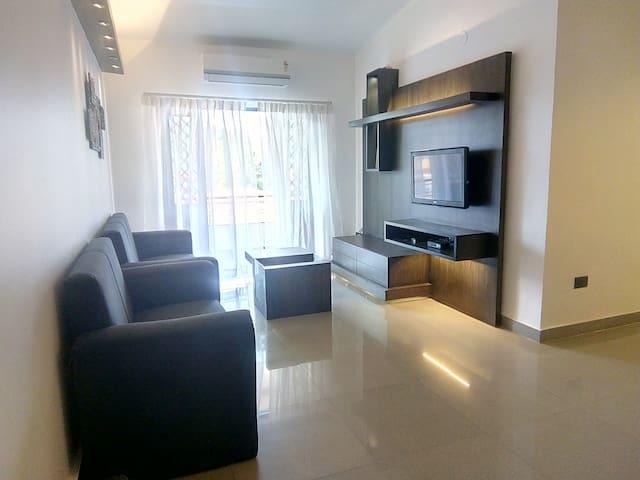 Luxury 1BHK Apartment at Tonca, Miramar, Goa