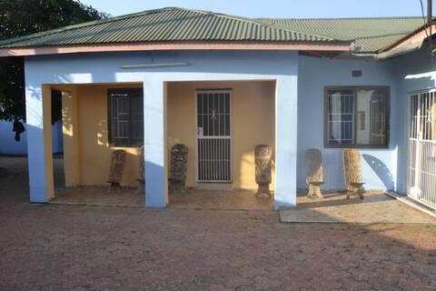 Mmlera House