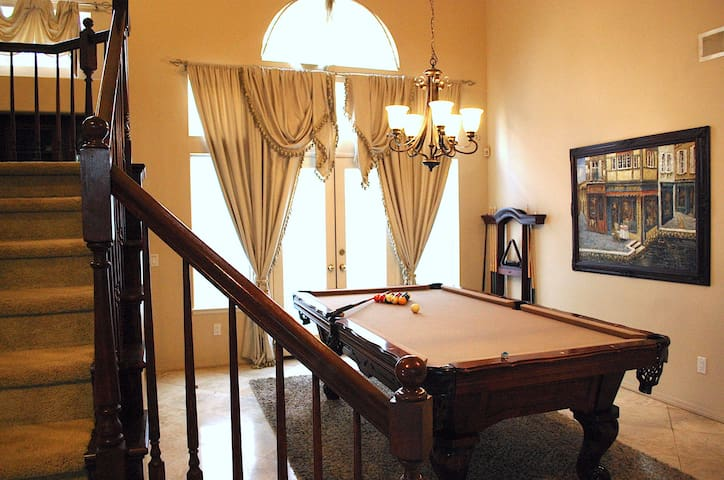 SPA features, Billiards table, <3 miles to beach