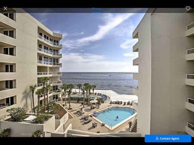 Hooked on Destin $125/night March 1st-13th