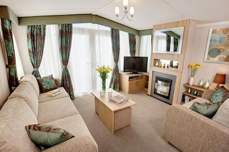 Static Caravan on 5* Holiday Park - Charmouth