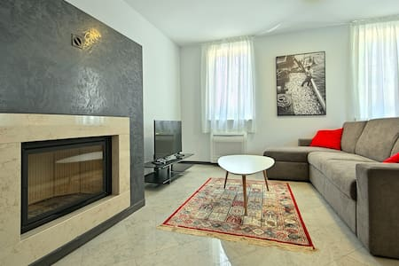 Modern and brand new apartment Berli 2 - Byt