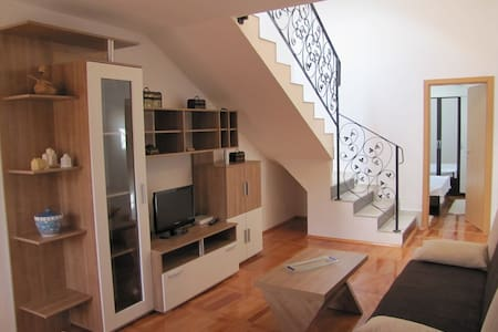 Nice holiday apartment in Novigrad