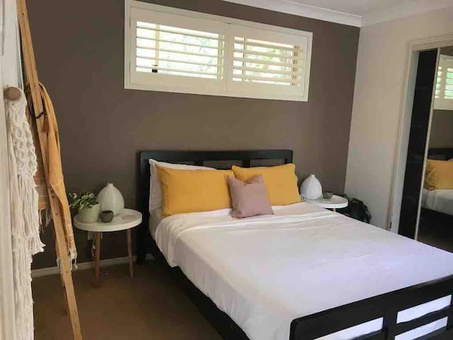 Hole In One - Private ensuite room - Byron Bay -