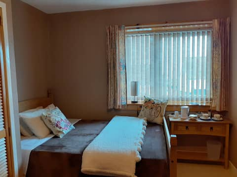 Comfortable and economic double room in Thurso