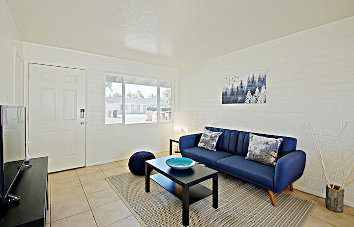 Live, Work, & Play Minutes to Old Town Scottsdale