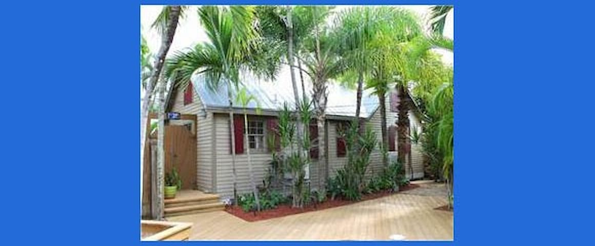 KEY WEST PERFECT & PRIVATE COTTAGE! - Key West - House