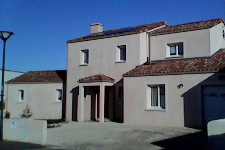 Villa 5 mn des plages Sables d'Olonne - Olonne-sur-Mer - Hus