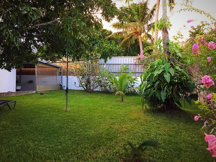 Agréable studio meublé avec grand jardin