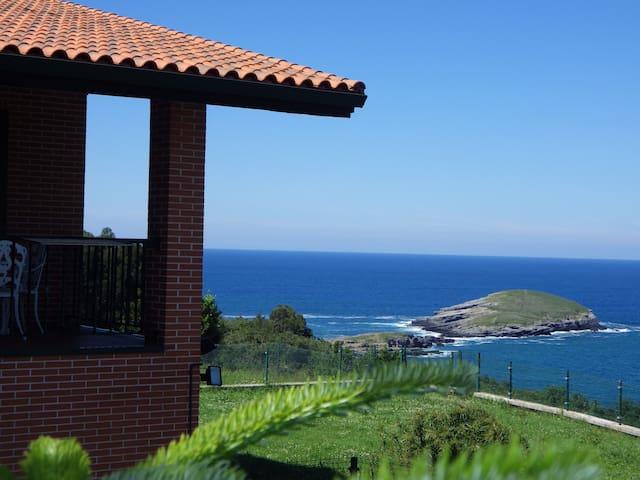 Villa La Ballena de Sonabia