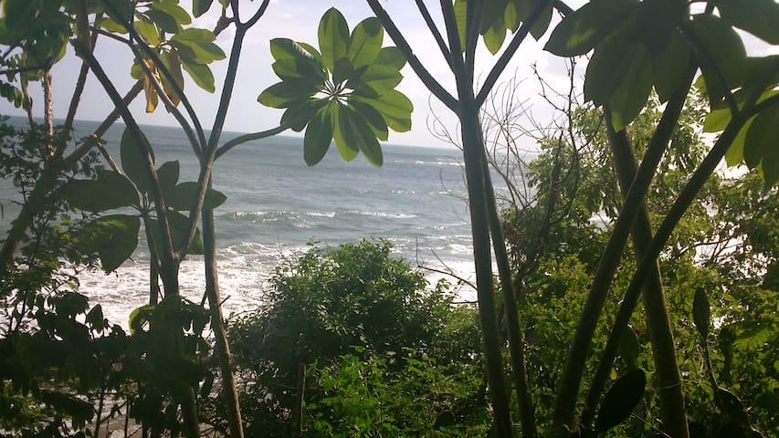 """Beach House """"El Bosquesito"""" - pertenece al municipio Jinotepe"""