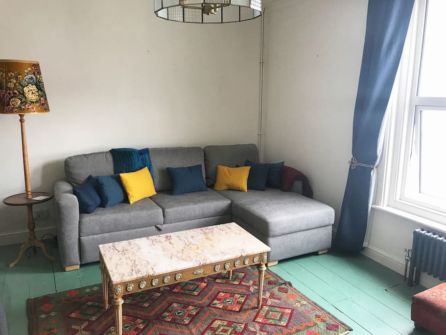 Lovely lounge with double pull out sofa bed.