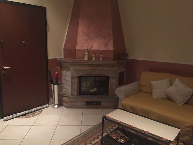Apartment near Salerno, Amalfi, Positano, Pompei - Penta - Huis