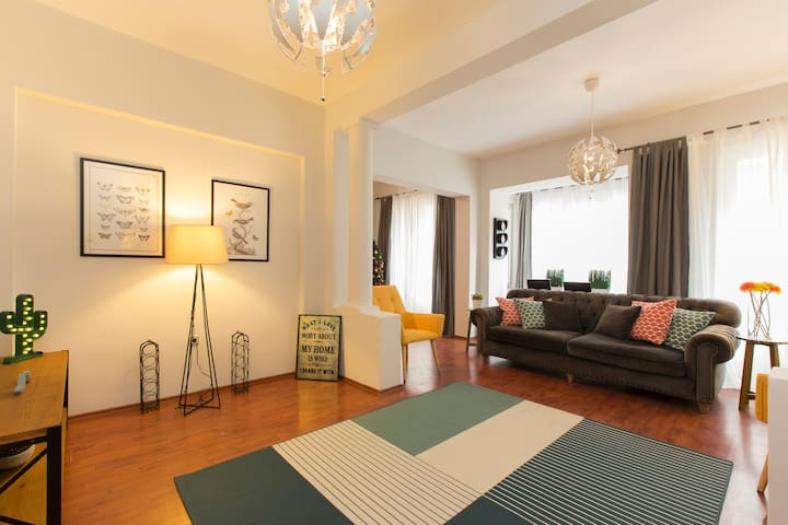 PEACEFUL#2 Stylish Apartment at Center of Taxim