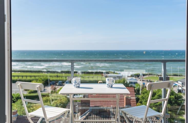 Penthouse mit Meerblick und 50m zum Strand