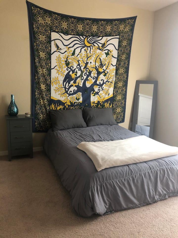 Cozy space in NE EPTX