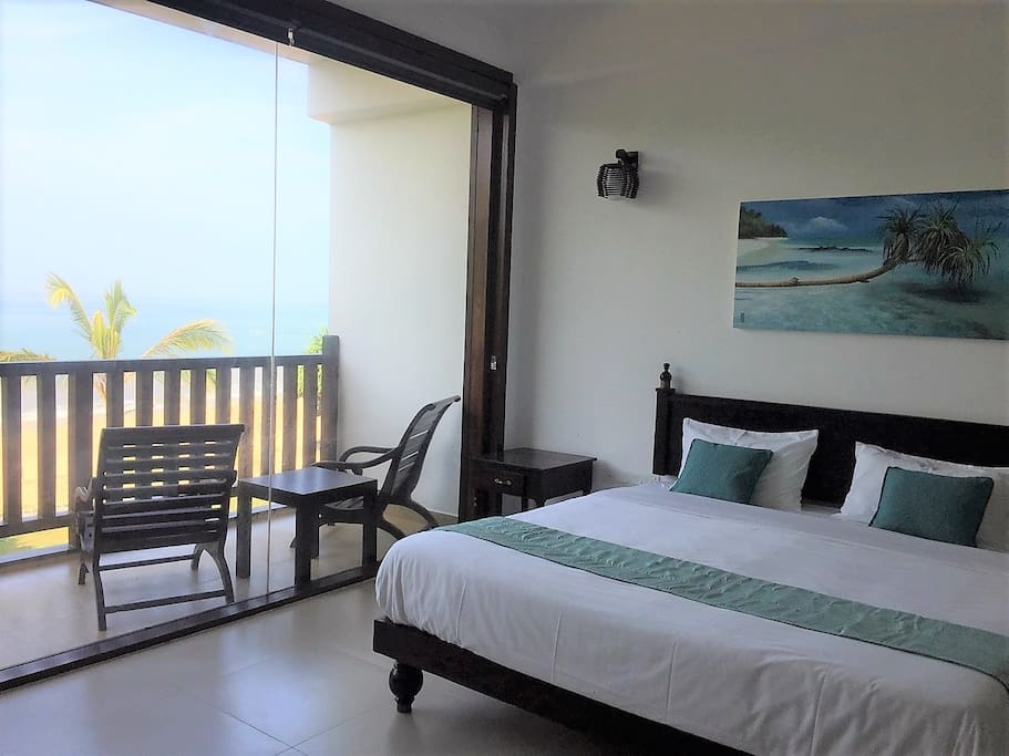King Bed & Ocean view