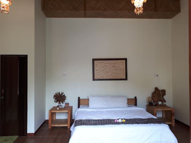 Enjoy the quality of sleep in our bed room 1 (Main bed room)