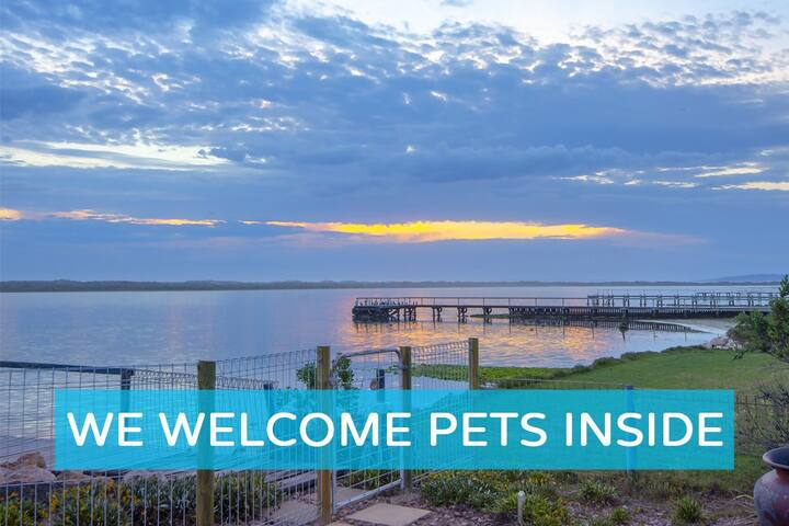 Absolute Water Frontage w/ Private Jetty+Boat Ramp