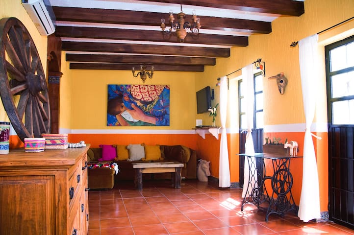 Charming Home in the Heart of GTO - Guanajuato - Huis