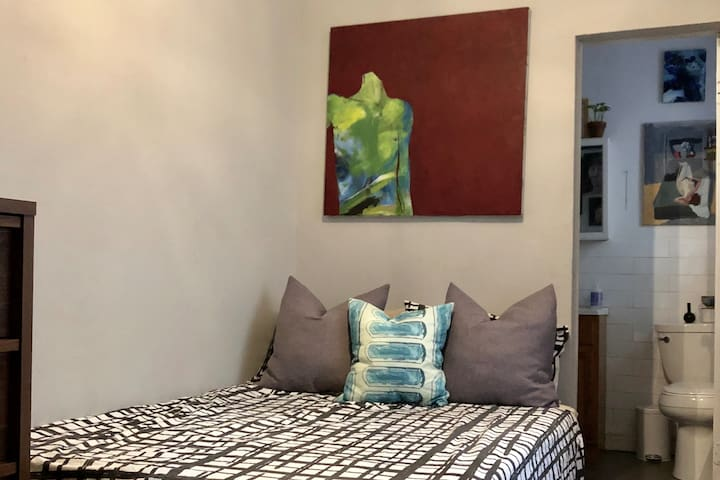 One Bedroom & Artist Studio in West Harlem!