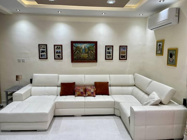 B'Bugia modern studio flat