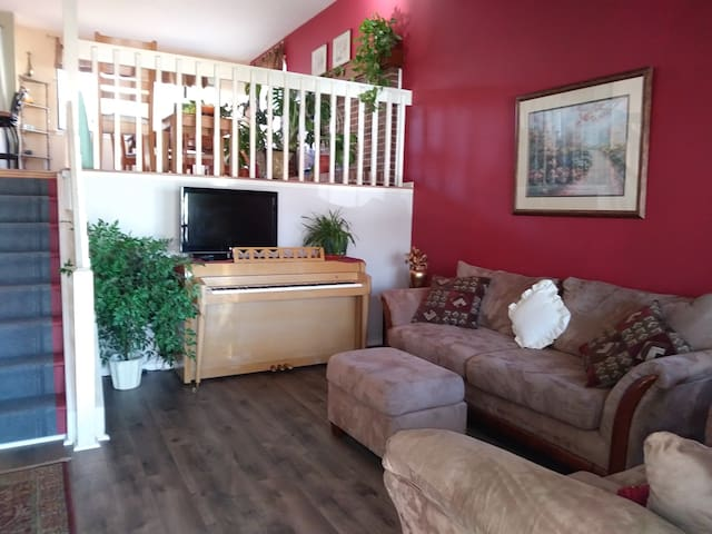 Fabulous North Boulder Home!