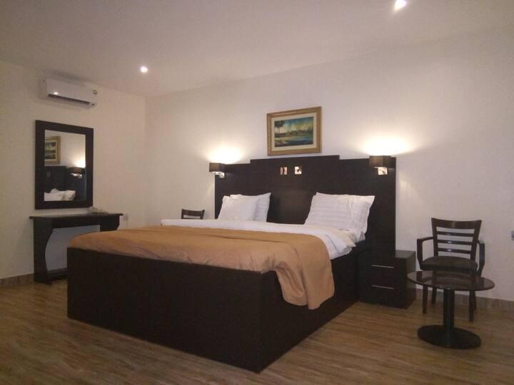 Eden Crest Hotel & Resort - Executive Suite
