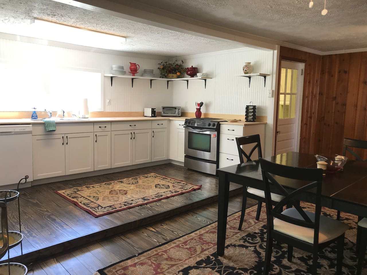 This generously furnished kitchen boasts all of the countertop appliances you'll need and brand new cutlery, dishes and stemware. There is a traditional coffee pot for sharing and also a Keurig for to-go servings. There's complementary coffee too!