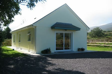Lyne's Holiday Home Brandon Village  Co.Kerry