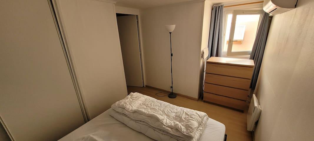 chambre 1, lit 160x200 + clim