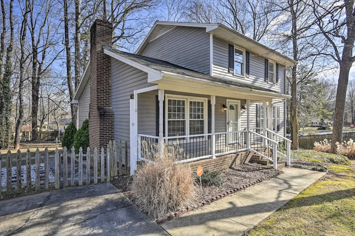 NEW! Family Friendly Greensboro Home: Pets Welcome